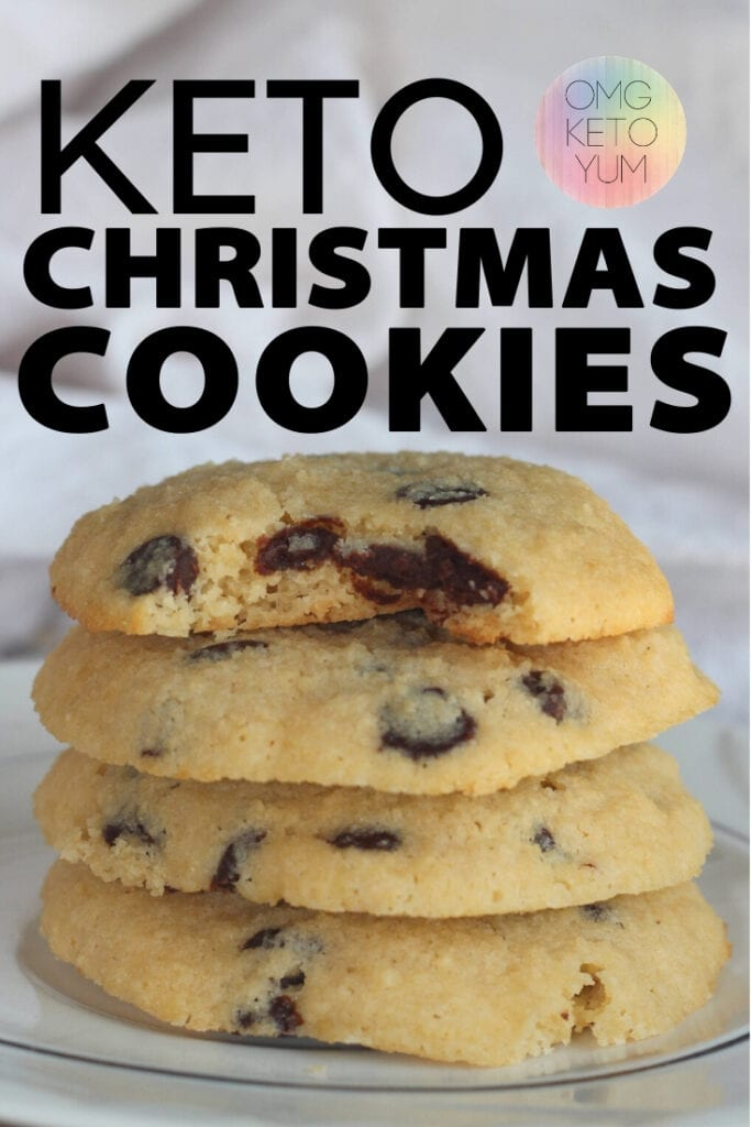 Keto Christmas Cookies! Make these low carb christmas cookies this holiday season and keep your keto diet intact. These sugar free Christmas cookies are perfect for a keto Christmas!