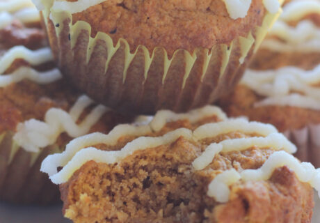 Low Carb Pumpkin Spice Muffins are here for fall. Don't miss out on your fall favorite Pumpkin Spice with these low carb Pumpkin Spice Muffins. They're sugar free and so good!