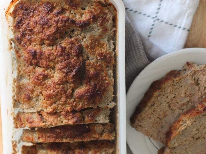 Make this delicious Keto Turkey Meatloaf! Low carb supper made easy with this quick recipe. Dump, bake and serve!